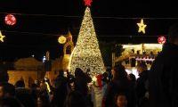 Mit Advent leuchtet Bethlehem mit Frieden und Hoffnung