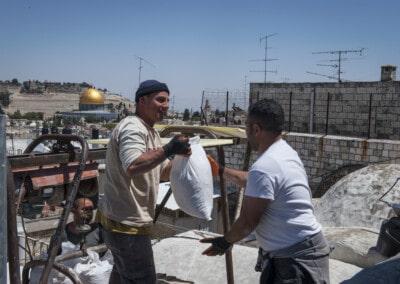 Housing projet in Jerusalem. Workers.