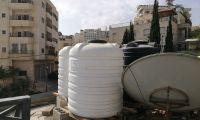 """""""Lust auf Wasser"""": Neue Wassertanks für eine in Not lebende Familie von Bethlehem"""""""