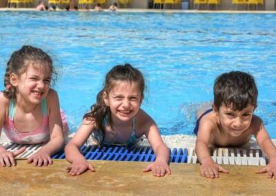 aleppo-piscina-bambini
