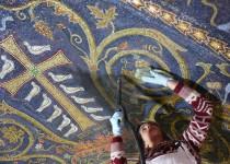 Santo Sepolcro: nuova luce per i mosaici della Crocifissione