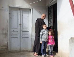 Unterstützung für die Flüchtlinge aus Syrien und dem Irak im Libanon